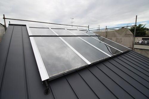 施工事例 大きな吹抜けのある家 ソーラーパネル施工